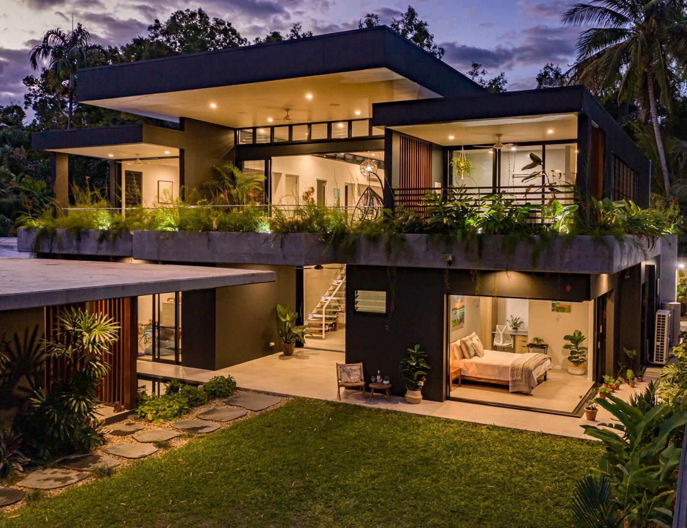 Exterior Luxury Custom Home